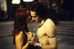 Marguerite Moreau and Stuart Townsend in Queen of the Damned.