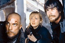 Matthew McConaughey, Izabella Scorupco and Christian Bale in Reign of Fire.