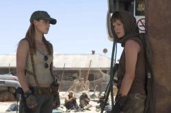 Ali Larter and Milla Jovovich in Resident Evil: Extinction.