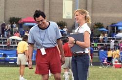 Johnny Knoxville and Katherine Heigl in The Ringer.