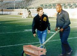 Sean Astin and Charles S. Dutton in Rudy.