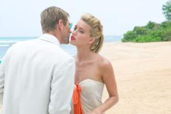 Aaron Eckhart and Amber Heard in The Rum Diary