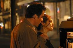 John Cusack and Rachel Weisz in Runaway Jury.
