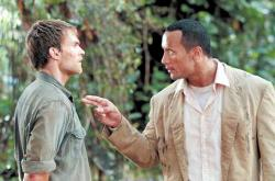 Seann William Scott and Dwayne Johnson in The Rundown.