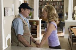 Robin Williams and Cheryl Hines in R.V.