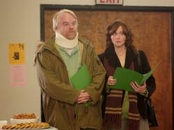 Philip Seymour Hoffman and Laura Linney in The Savages.