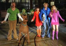 Matthew Lillard, Linda Cardellini, Freddie Prinze Jr. and Sarah Michelle Gellar in Scooby-Doo 2: Monsters Unleashed.