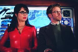 Linda Cardellini and Seth Green in Scooby-Doo 2: Monsters Unleashed.