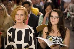 Cynthia Nixon and Kristen Davis in Sex and the City: The Movie.