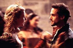 Gwyenth Paltrow and Joseph Fiennes in Shakespeare in Love