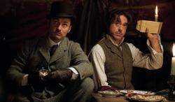 Jude Law and Robert Downey Jr. in Sherlock Holmes: A Game of Shadows.
