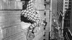 Harold Lloyd trying unsuccessfully to recapture the magic of Safety Last in The Sin of Harold Diddlebock.