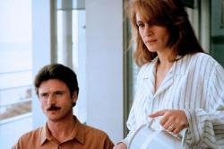 Patrick Bergin and Julia Roberts in Sleeping with the Enemy.