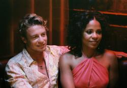 Simon Baker and Sanaa Lathan in Something New.
