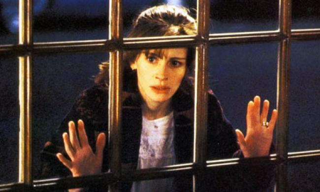 Julia Roberts in Something to Talk About