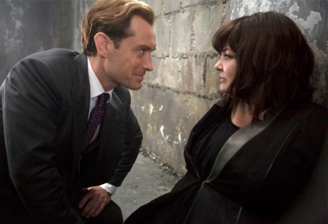 Jude Law and Melissa McCarthy in Spy