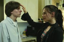 Jesse Eisenberg and Anna Paquin in The Squid and the Whale.