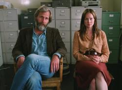 Jeff Daniels and Laura Linney in The Squid and the Whale.