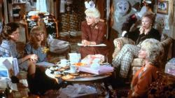 Sally Field, Daryl Hannah, Olympia Dukakis, Shirley MacLaine and Dolly Parton in Steel Magnolias.