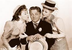 Olivia de Havilland, James Cagney and Rita Hayworth in The Strawberry Blonde.