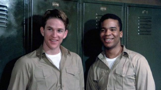 Matthew Modine and David Alan Grier in Streamers