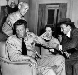 James Gleason, Sterling Hayden, Nancy Gates, Kim Charney and Frank Sinatra in Suddenly.