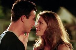 Freddie Prinze Jr. and Jessica Biel in Summer Catch.