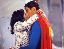Lois Lane and Superman get it on.
