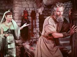 Anne Baxter and Charlton Heston in The Ten Commandments.