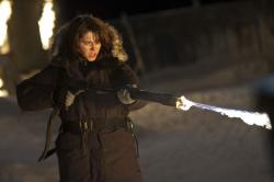 Mary Elizabeth Winstead in The Thing.