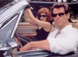 Rene Russo and Pierce Brosnan in The Thomas Crown Affair.