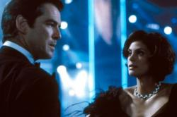 Pierce Brosnan and Teri Hatcher in Tomorrow Never Dies.
