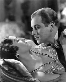 Gloria Swanson and Melvyn Douglas in Tonight or Never