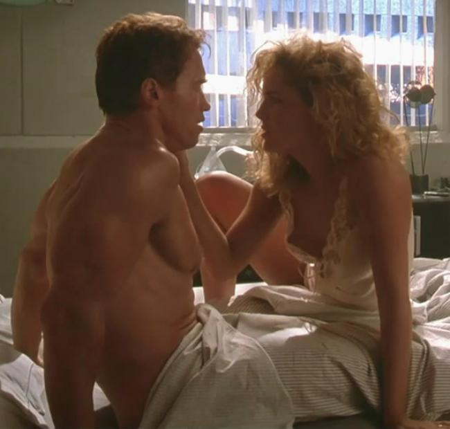 Arnold Schwarzenegger and Sharon Stone in Total Recall