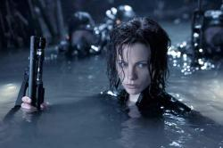 Kate Beckinsale in Underworld: Evolution.