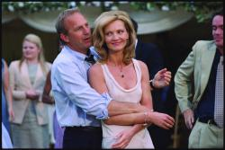 Kevin Costner and Joan Allen in The Upside of Anger.