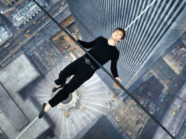 Joseph Gordon-Levitt as Philippe Petit in The Walk.
