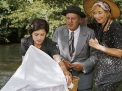 Astrid Berges-Frisbey, Daniel Auteuil and Marie-Anne Chazel in The Well Digger's Daughter.