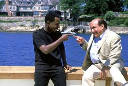 Martin Lawrence and Danny Devito in What's the Worst that could Happen?