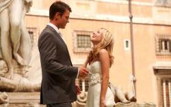 Josh Duhamel and Kristen Bell in When in Rome.