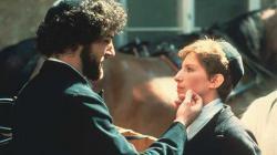 Mandy Patinkin and Barbra Streisand in Yentl.